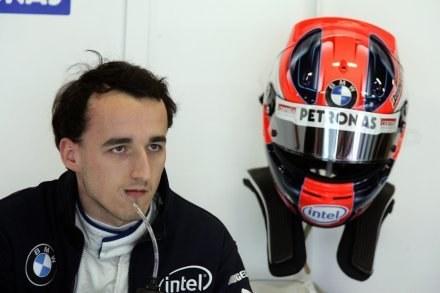 Robert Kubica pali się do jazdy na Sakhir /AFP
