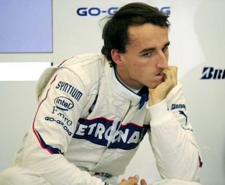 Robert Kubica zastanawia się nad swoją przyszłością. /AFP