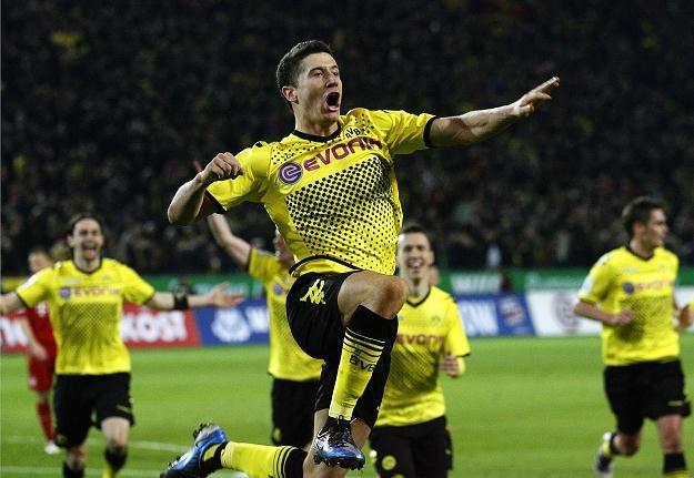 Robert Lewandowski cieszy się z gola dla Borussii /PAP/EPA