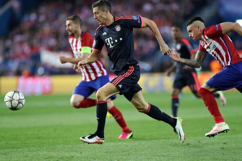 Robert Lewandowski miał problemy z obrońcami Atletico /AFP