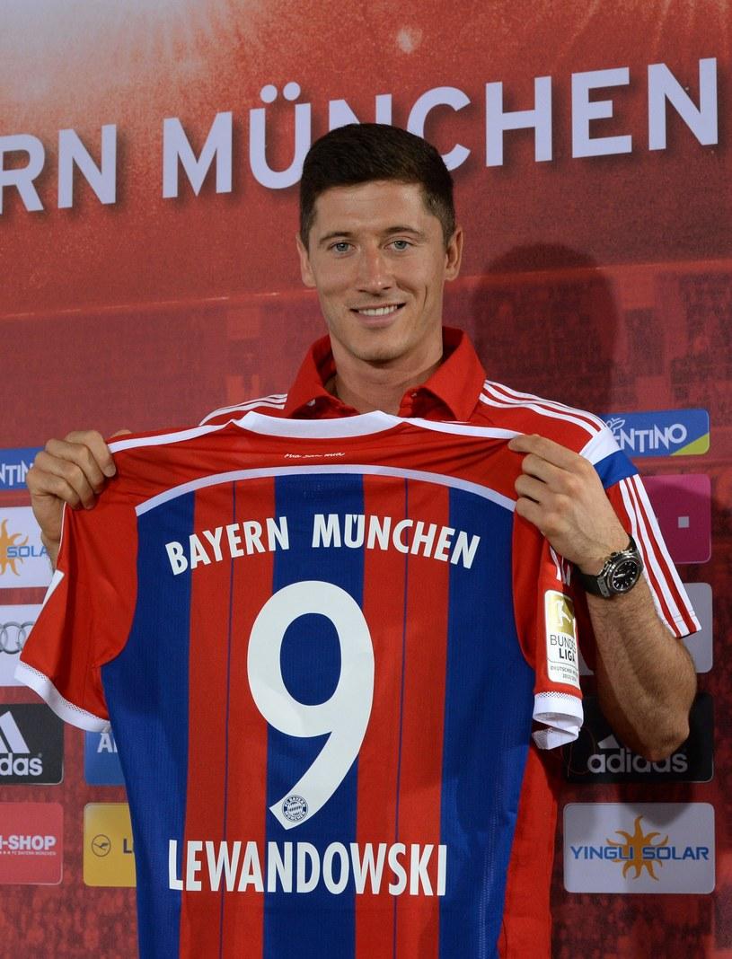 Robert Lewandowski od nowego sezonu będzie strzelał bramki dla Bayernu Monachium /AFP
