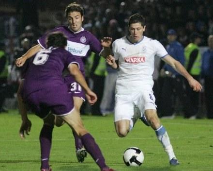 Robert Lewandowski strzelił zwycięską bramkę dla Lecha. /AFP