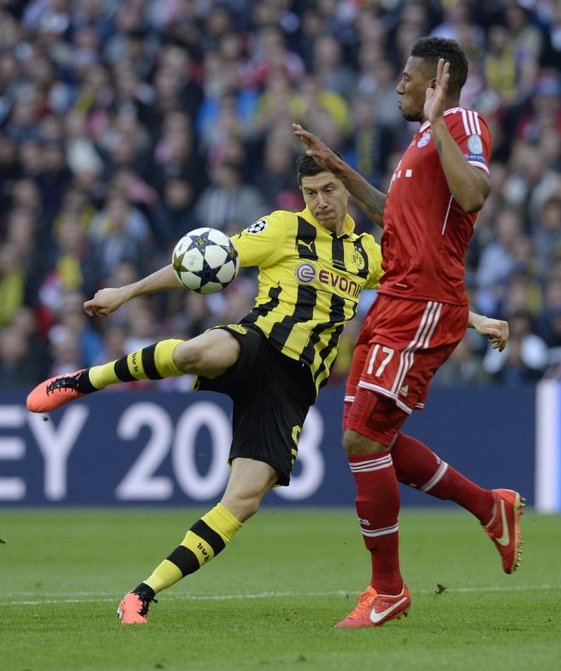 Robert Lewandowski zmieni klub w letnim okienku transferowym? /AFP