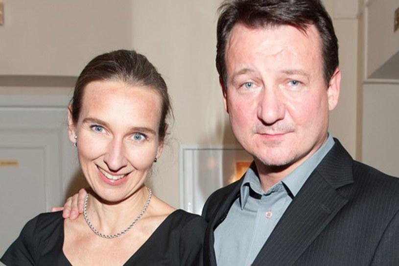 Robert Więckiewicz z żoną /AKPA