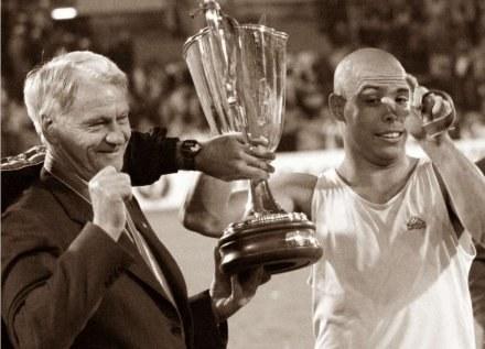 Robert William Robson należał do najlepszych trenerów na świecie /AFP