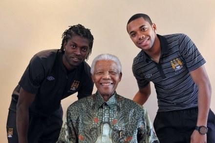 Robinho wierzy, że grą jego i Emmanuela Adebayora ekscytować się będzie nawet sam Nelson Mandela /AFP