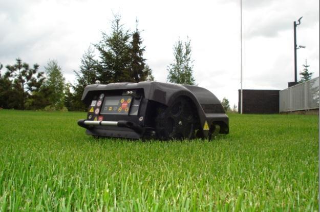 Robot posprząta nam mieszkanie, a automatyczna kosiarka Autoclip 520 zajmie się trawą /materiały prasowe