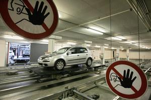 Robot przemysłowy w fabryce Volkswagena zabił pracownika