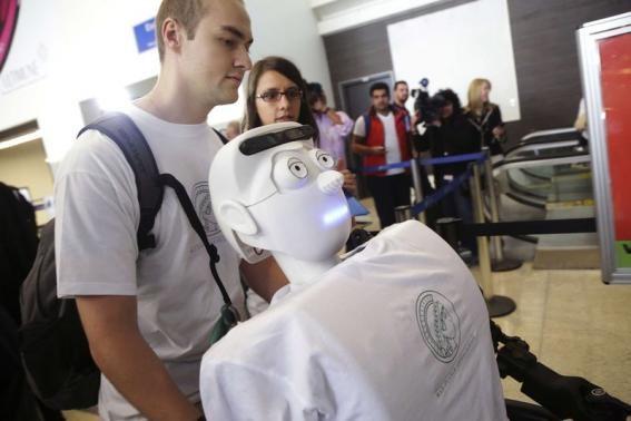 Robot też może być pasażerem samolotu /materiały prasowe