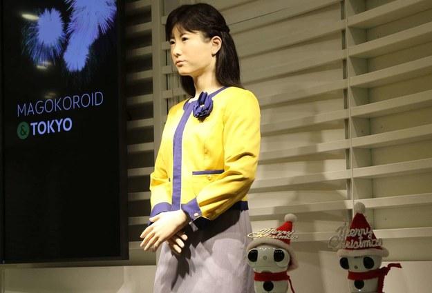 Roboty zastapią wielu pracowników /AFP
