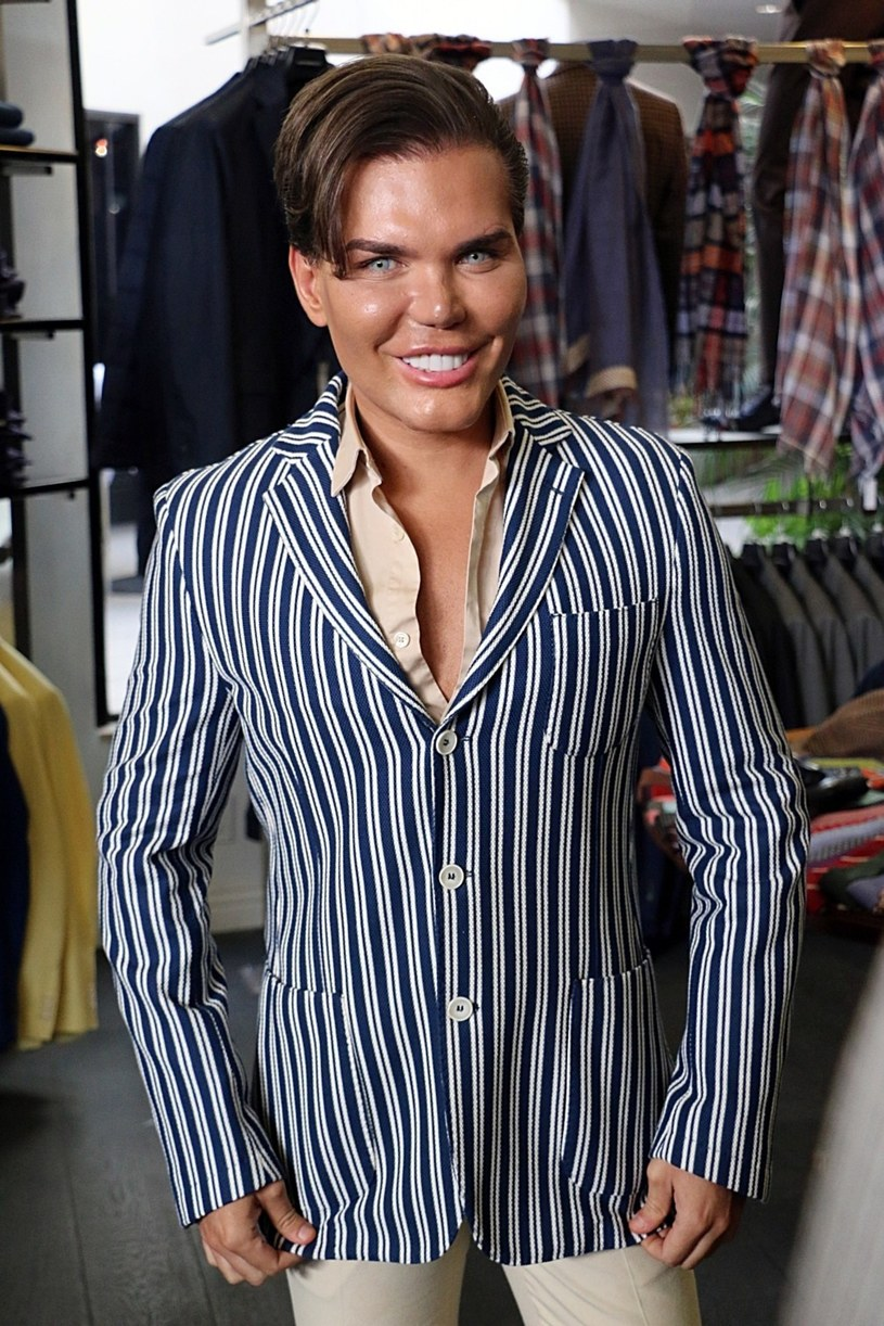 "Rodrigo Alves - ""żywy Ken"" /East News"