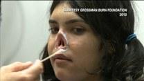 Rodzina obcięła jej uszy i nos! Co się z nią dzieje?