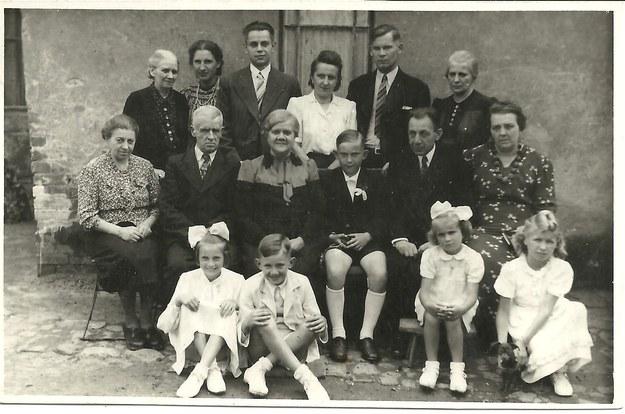 Rodzina. Poznań, rok 1946 (fot. z archiwum autorki) /INTERIA.PL
