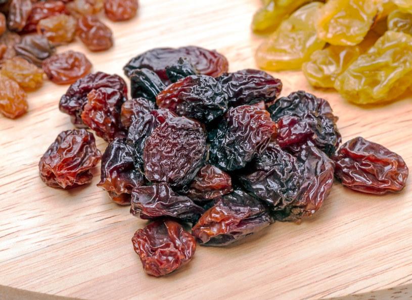 Rodzynki - te małe, niepozorne owoce to prawdziwa skarbnica witamin /123RF/PICSEL