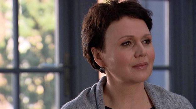 – Rola w serialu to jedna z wielu moich aktywności zawodowych. Podchodzę do niej poważnie. Widzowie są zawsze najważniejsi, dla nich gram – przyznaje Małgorzata Pieńkowska. /www.mjakmilosc.tvp.pl/