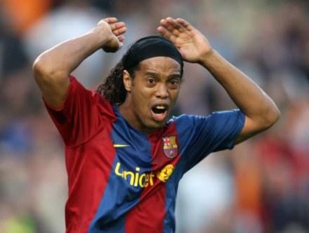 Ronaldinho chce odpocząć po ciężkim sezonie /AFP