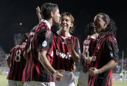 Ronaldinho i jego koledzy mają powody do zadowolenia /AFP