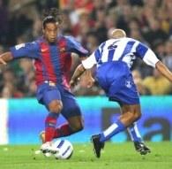 Ronaldinho mija Manuela Pablo /AFP