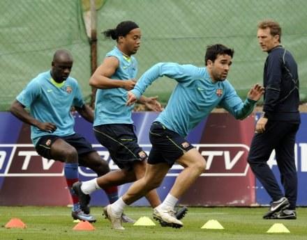 Ronaldinho na treningu Barcy /AFP