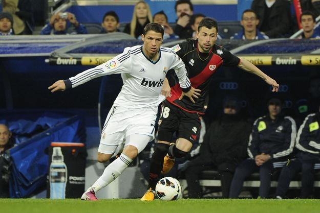 Ronaldo jest wzorem dla wielu młodych osób... /AFP