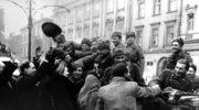 """Rosja opublikowała dok. Armii Czerwonej o Polsce. """"Stoją godzinami, witając przechodzącą armię"""""""