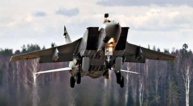 Rosja przeprowadza manerwy na północy/fot. mill.ru /