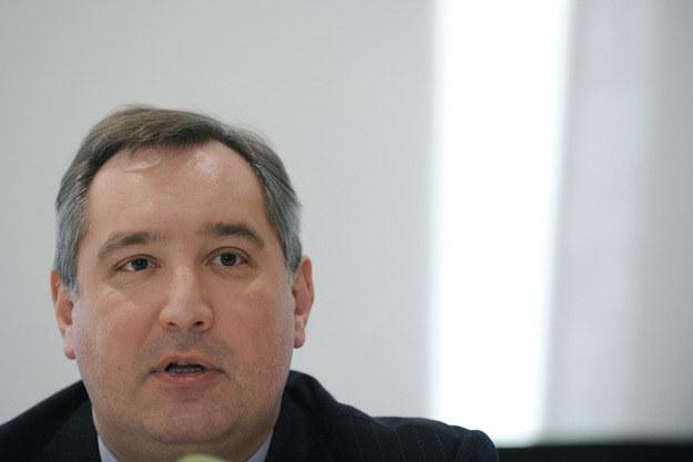 Rosja rozwinie produkcję podzespołów elektronicznych odpornych na promieniowanie - zapowiedział Dimitr Rogozin. /AFP