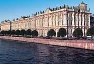 Rosja: Sankt Petersburg, Pałac Zimowy 1754-1762, fasada od srony Newy /Encyklopedia Internautica