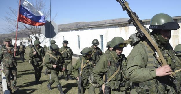 Rosjanie zastępują ukraińskie kanały swoimi /AFP