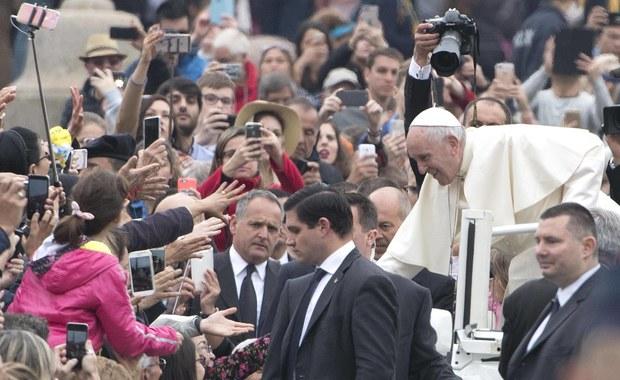 Rośnie liczba katolików na świecie. Stanowią 18 proc. ludności