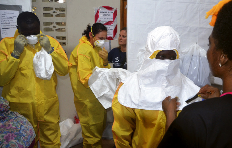 Rośnie strach przed wirusem Ebola /AFP