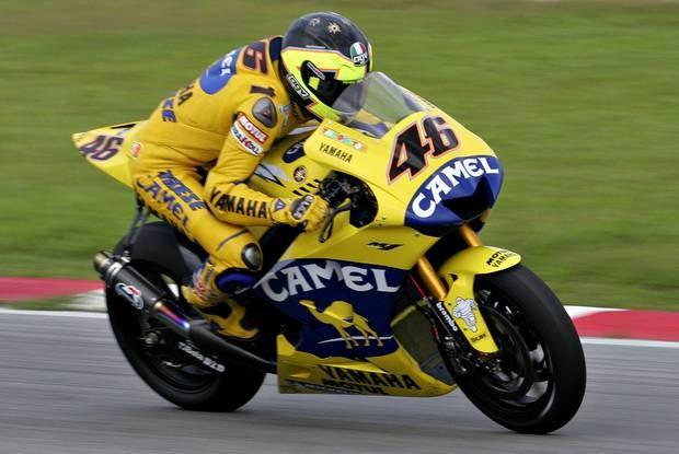 Rossi testuje też nowy motocykl / Kliknij /AFP