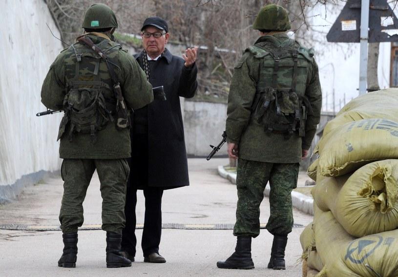 Rosyjscy żołnierze w Sewastopolu /AFP