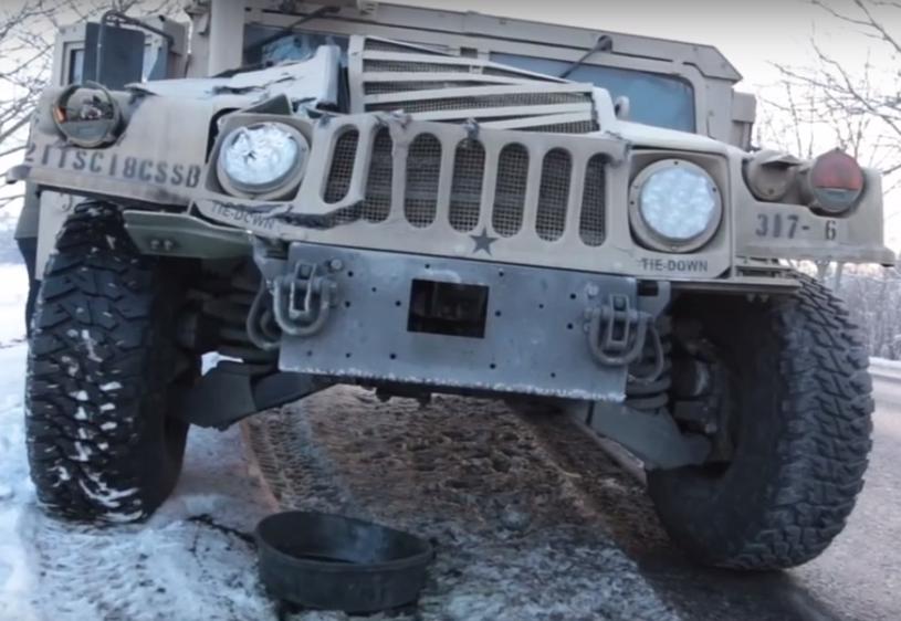Rozbity hummer wojsk USA /Źródło: Bolec.Info (You Tube) /