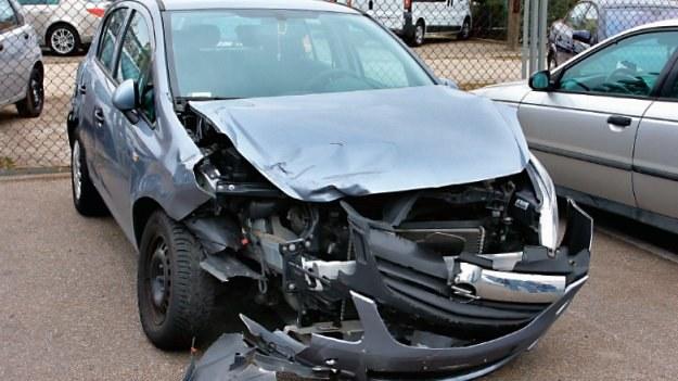 Rozbity Opel Corsa /Motor