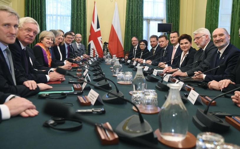 Rozmowy plenarne w siedzibie brytyjskiej premier na Downing Street /Radek Pietruszka /PAP/EPA