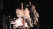 Roznegliżowane tancerki i strugi szampana. Oto kabaret Lido!