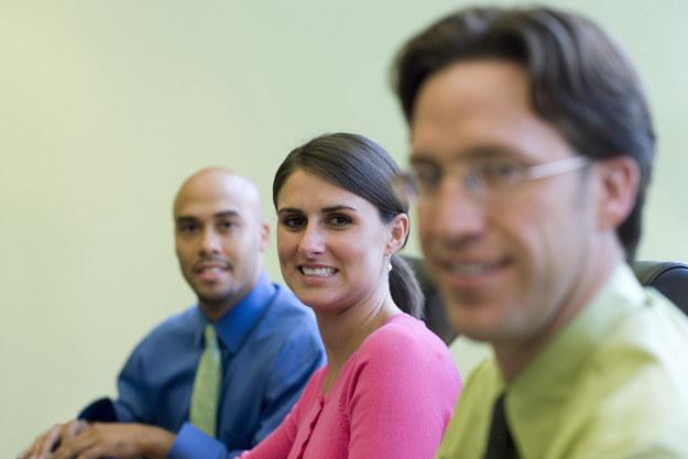 Rożnorodność i wielokulturowość w firmach to przyszłość biznesu? /© Glowimages