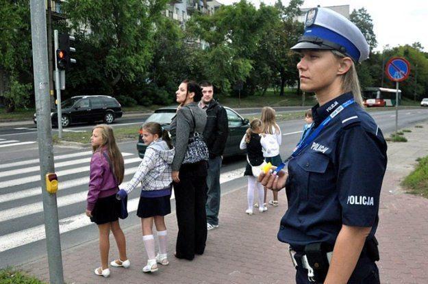 Rozpoczął się rok szkolny... /Policja
