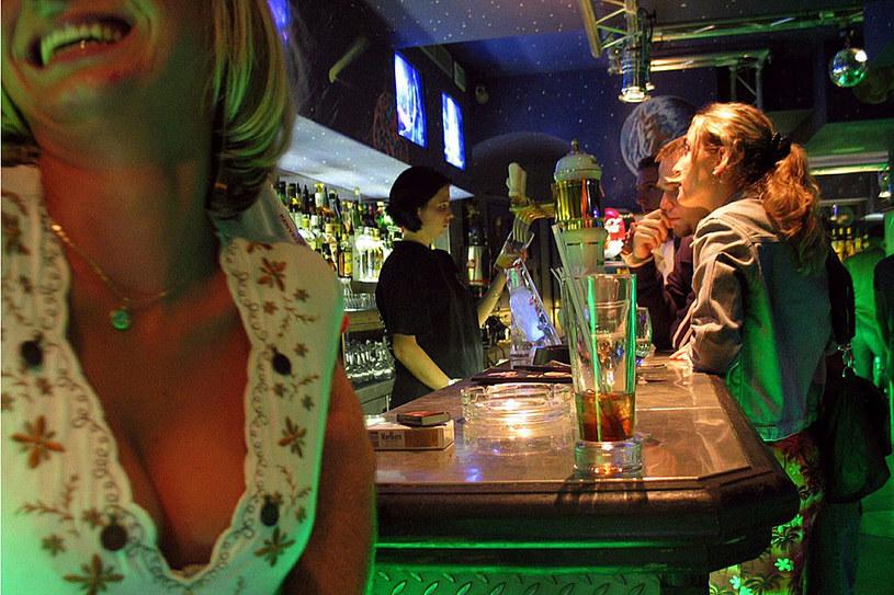 Rozrywkowe życie sybarytów tętni tu całą noc /Adam Tuchliński /Reporter