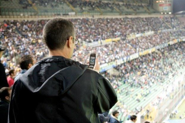 Rozwiązanie Ericsson ma wprowadzić sieć Wi-Fi na stadiony /AFP
