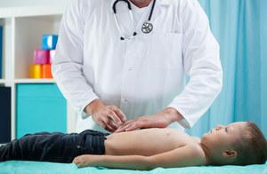 RPD: Prawo dzieci z chorobą Leśniowskiego-Crohna do nowoczesnego leczenia ograniczone
