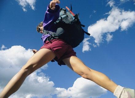 Ruch na świeżym powietrzu sprzyja zdrowiu twoich nóg. /Getty Images/Flash Press Media
