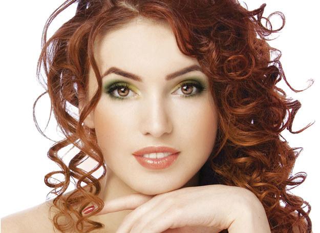 Rudowłose najlepiej będą się prezentowały w jesiennej palecie barw /INTERIA.PL/materiały prasowe