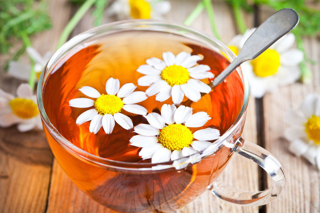 Rumianek jest jedną z najstarszych, najbardziej rozpowszechnionych i dobrze udokumentowanych roślin leczniczych na świecie /Picsel /123RF/PICSEL
