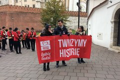 Ruszyła Szlachetna Paczka. Ulicami przeszły marsze wolontariuszy