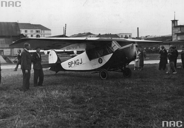 RWD-5 podczas Międzynarodowych Zawodów Lotniczych w Londynie (1932) /Z archiwum Narodowego Archiwum Cyfrowego
