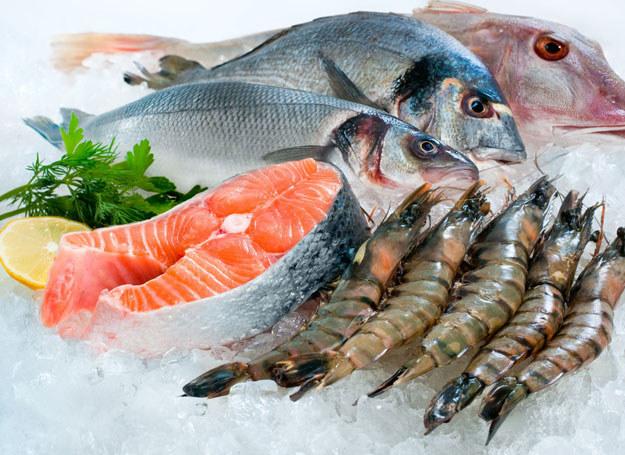 Ryby chronią nas przed chorobami m.in. układu krążenia i konserwują układ nerwowy /©123RF/PICSEL