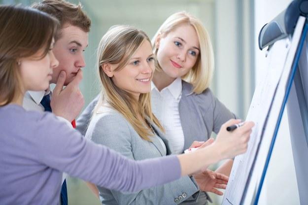 Rynek pracy w 2015 będzie bardziej przyjazny dla młodych /123RF/PICSEL