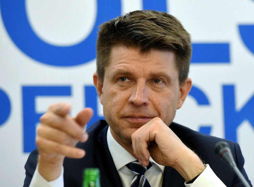 Ryszard Petru chyba nie ucieszy się z takiej członkini! /Radek Pietruszka /PAP